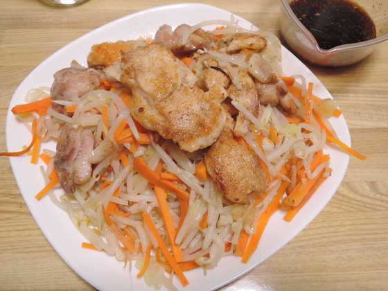 Image: 141227 鶏もも肉 もやし香味ソースがけ