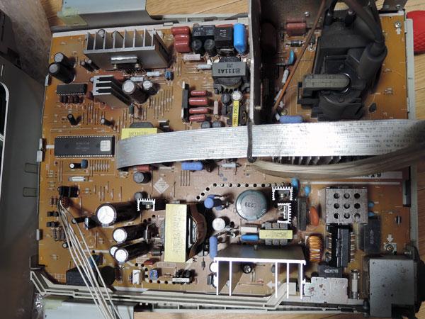 Image: EIZO T566 メイン基板取り外し