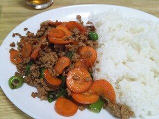Image: 140912 挽き肉と余り野菜のオイスター炒め [cook]