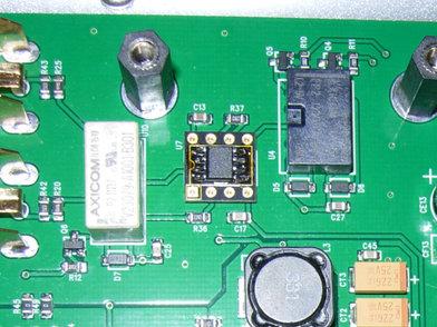 画像: RCA出力バッファ用オペアンプ(LME49880)